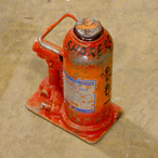 For Rent: Hydraulic Bottle Jack, 22 ton
